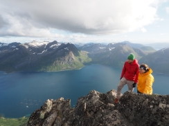 Hal and Mathilde atop Skamtinden