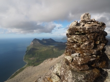 Cairn at the top of Skantinden